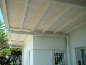 Legno Bianco Sbiancato : Mobile alto shabby chic legno massello finitura bianco decapé