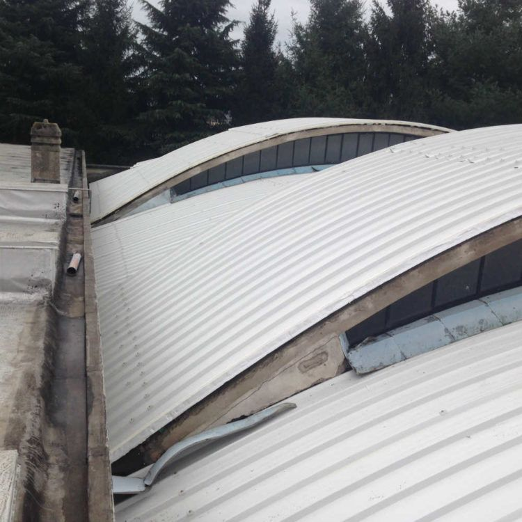 Rifacimento tetto con pannello curvo a Malnate
