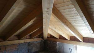 Tetto in legno esterno